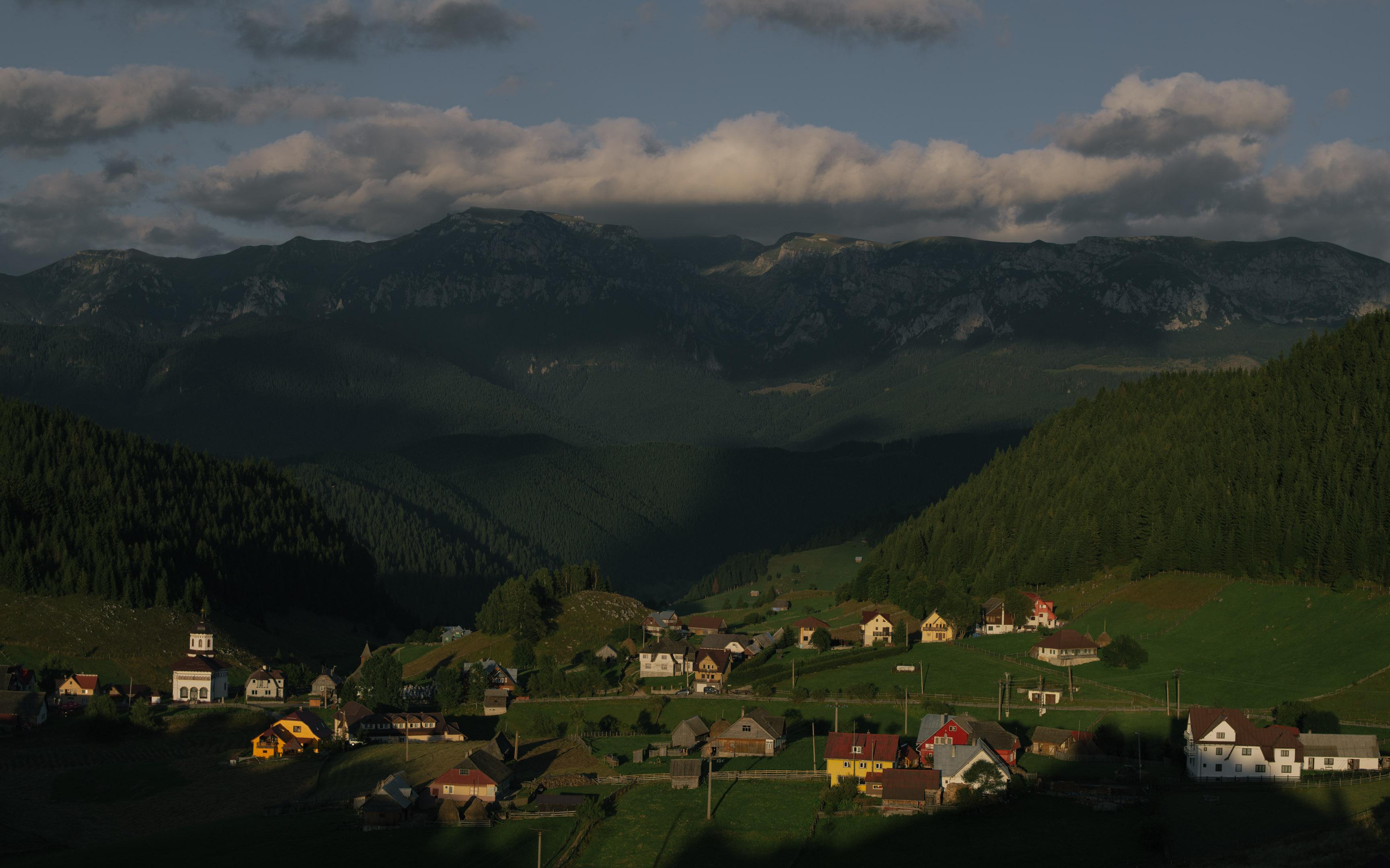Mountain Wedding In Romania